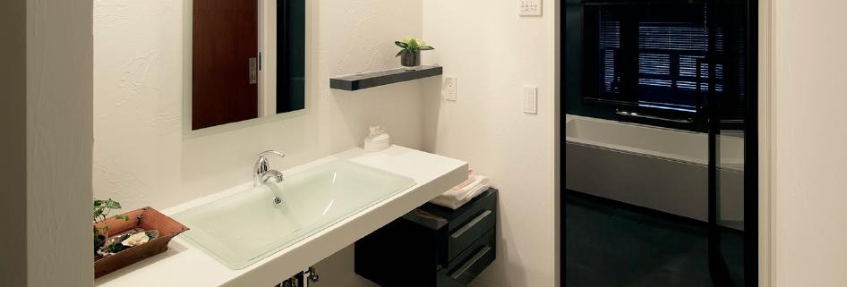 健康な塗り壁材ダイアトーマスの例:洗面所